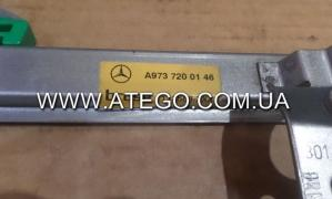 Склопідйомник лівий механічний Mercedes Atego 9737200146. M